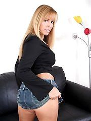Sexy Cougars - Free Preview