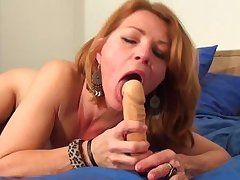 lascivious melodious anke can't live without her vibrator