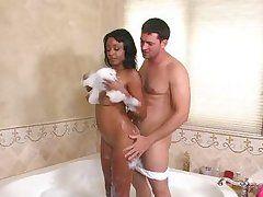 delicious ebony babe with big natural bigtits enjoying a foamy bathroom