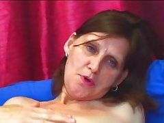 brunette granny knows how to satisfy a hard cock.