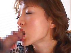 chinese slut likes feeling cheap