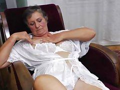 naughty grandma jana is jerk off