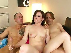 threesome with horny brunette jennifer white